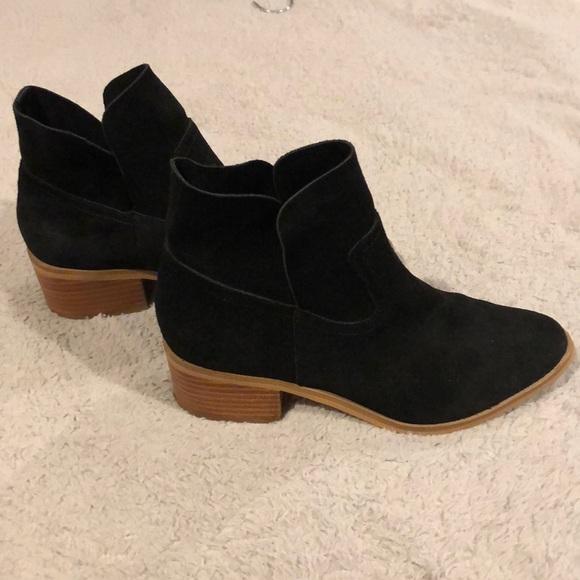Steve Madden Shoes - NWOT | Steve Madden | Booties | 8.5M | suede